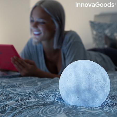lampa led in forma de luna cu suport din lemn 1