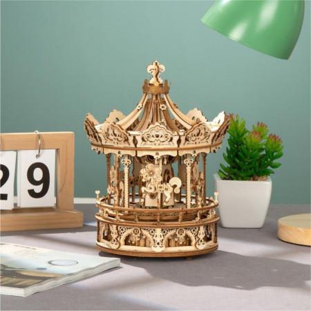 Puzzle 3D lemn Cutie muzicala Carusel pe masa 2