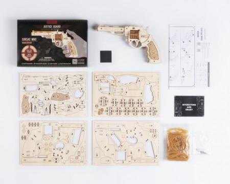 Puzzle 3D lemn Pistol continut cutie