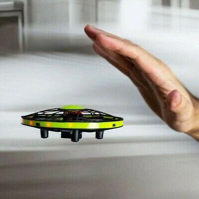 drona verde controlata prin senzori de miscare