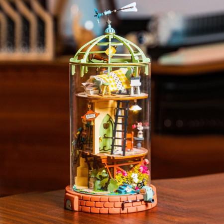 Puzzle 3D lemn Casuta din cupola pe masa