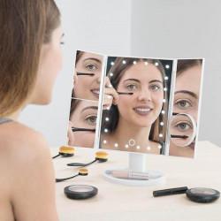 Oglinda 4 in 1 cu LED si efect de marire