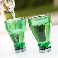 pahare de shot in forma de sticla de bere