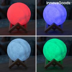 lampa led multicolora in forma de luna cu suport din lemn