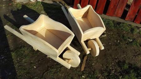 Poze Roaba rustica din lemn