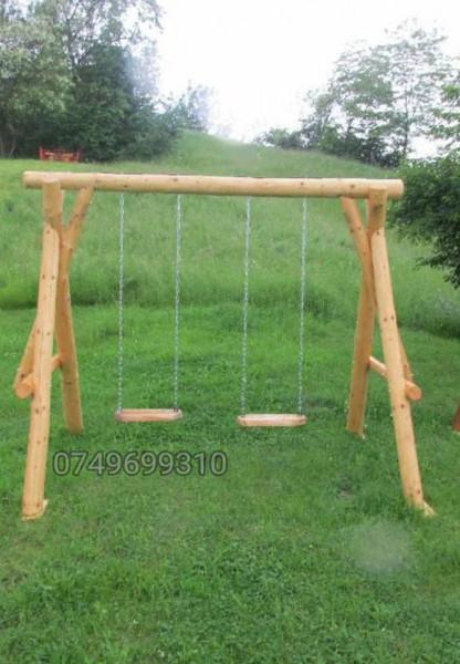 Poze Balansoar din lemn pentru copii