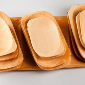 Platou lemn cu farfuri