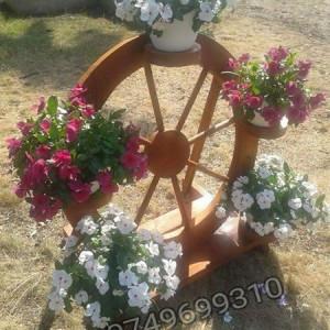 Suport rustic pentru flori