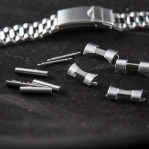 Bratara metalica reglabila argintie capete curbate 18-20mm XL - 40018