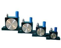 Vibrator pneumatic cu bile tip S36