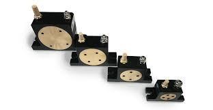 Vibrator pneumatic cu role tip OR50