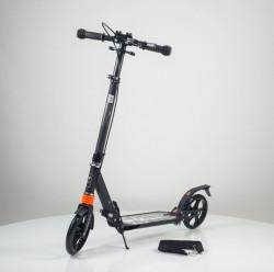 Dečiji Trotinet model 658 nosivost do 50kg sa zadnjim amortizerom - Crni