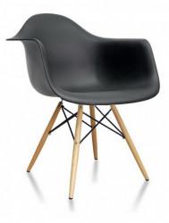 Plastična trpezarijska stolica SEM - Crna