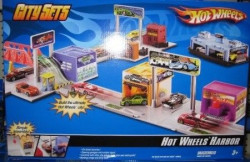 Hot wheels city set u centru grada ( MAFRH28 )