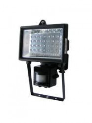Womax neprenosiva led svetiljka led 28s ( 76810421 )