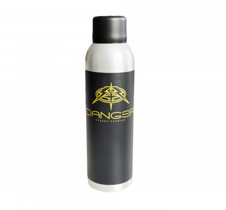 Danger Triple X Spray 200 ml - un produs 3 intr-unul absolut genial ( mix de fixativ, pudra si sampon uscat- ofera volum )