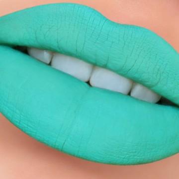 LW Lip Gloss Matte 02