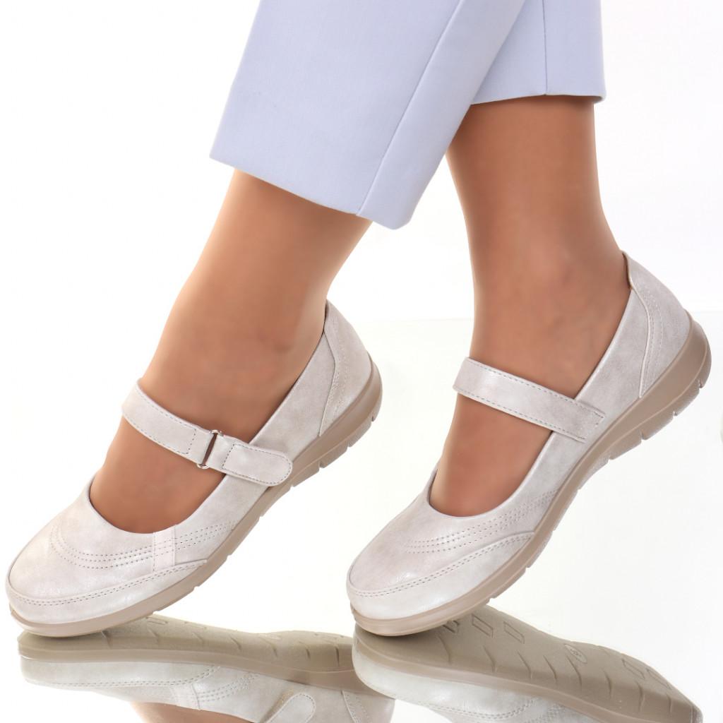 Pantofi piele ecologica bej Rodera