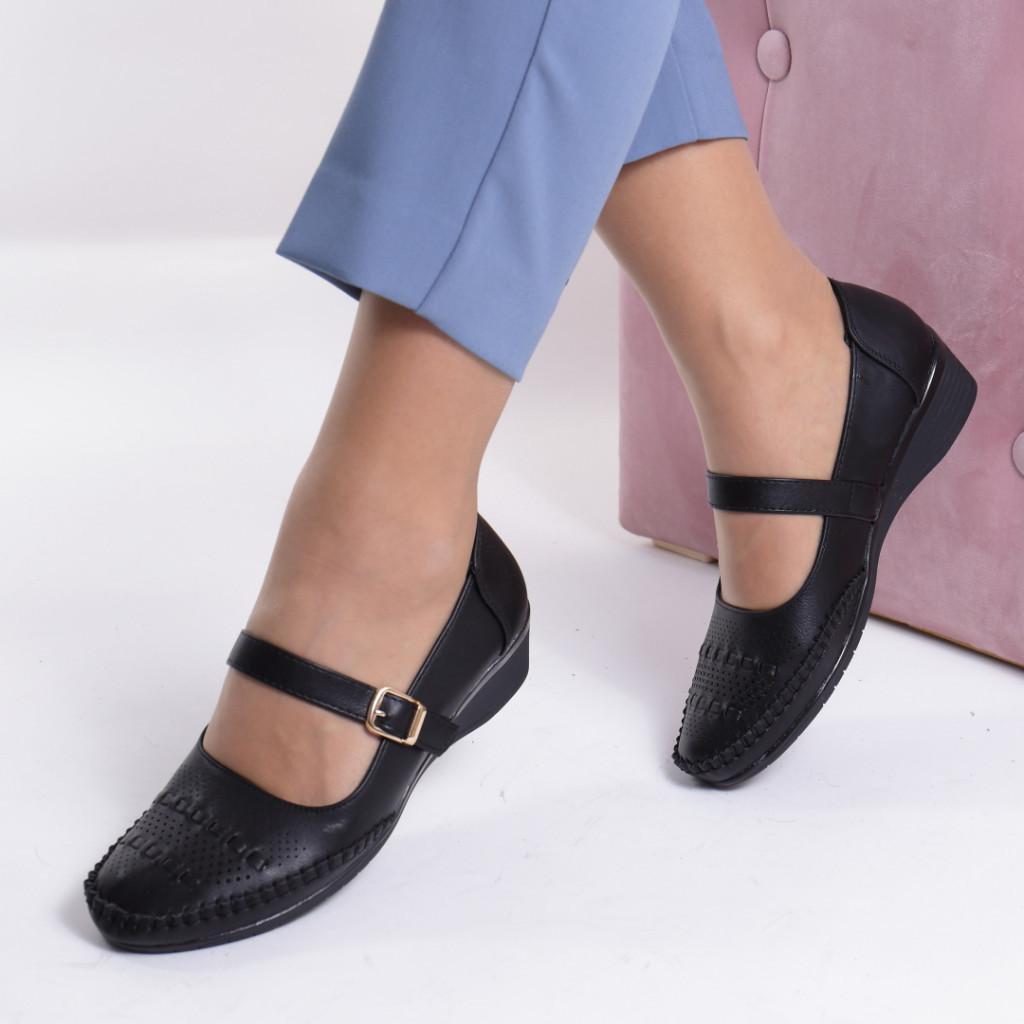 Pantofi piele ecologica negru Carlia