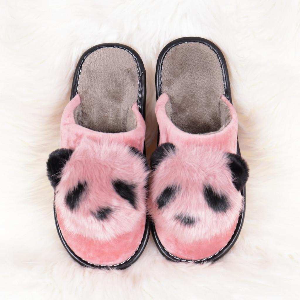 Papuci de casa cu panda roz Linzi