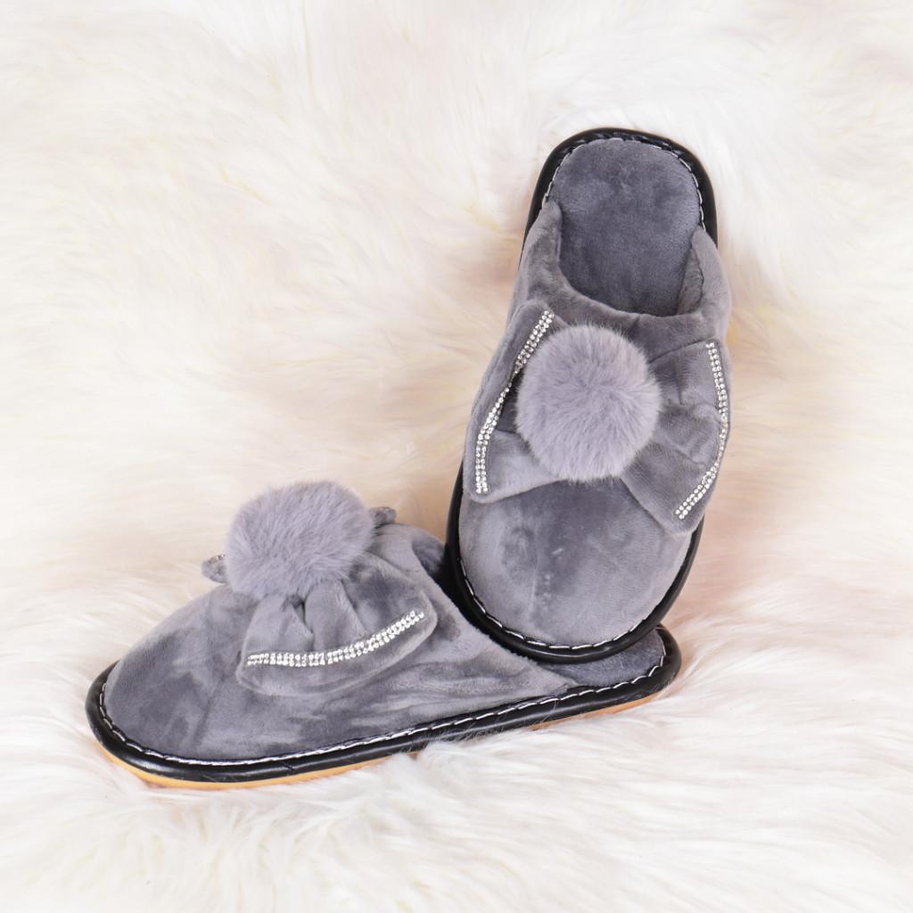 Papuci de casa gri cu funda si puf Lania