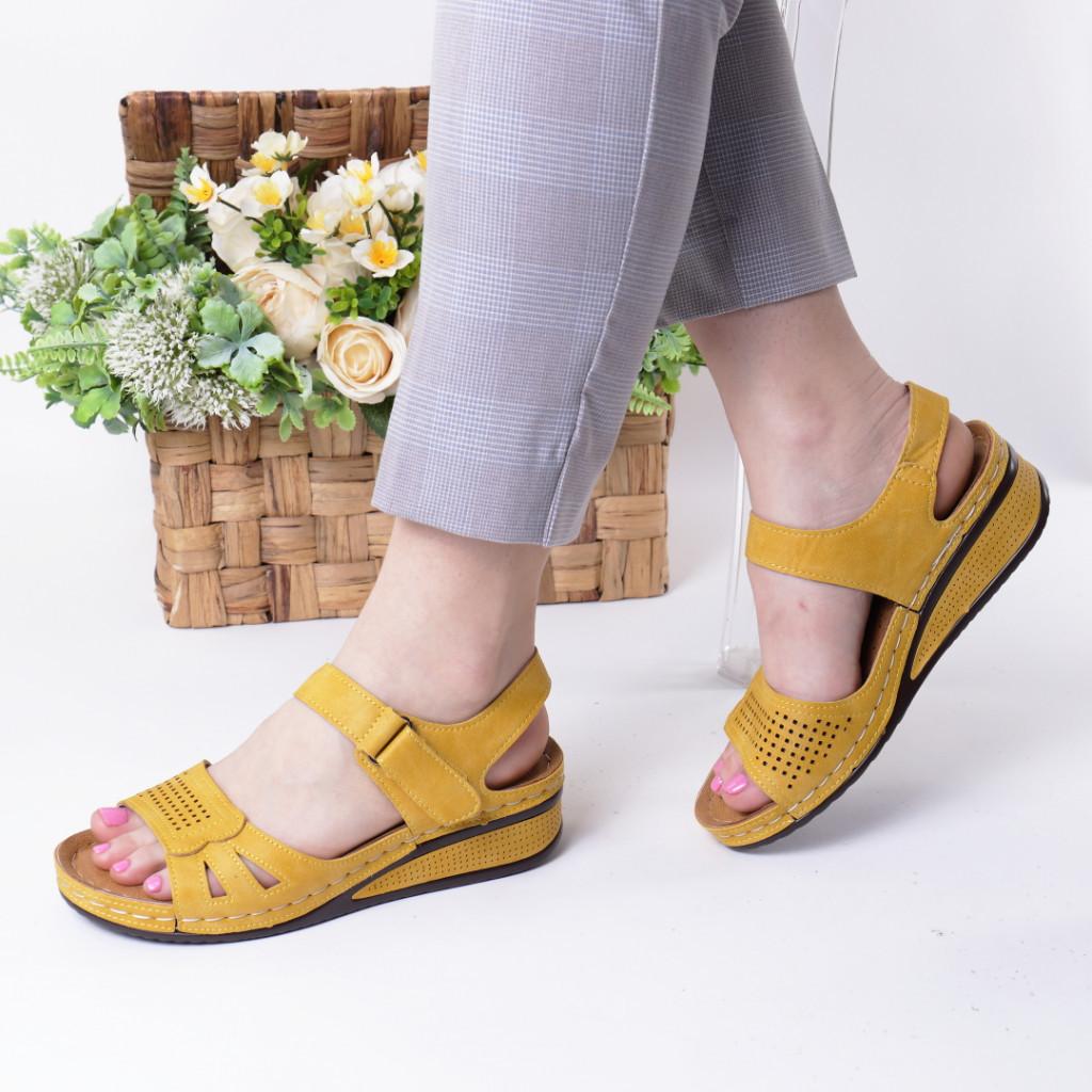 Sandale galbene piele ecologica Verana