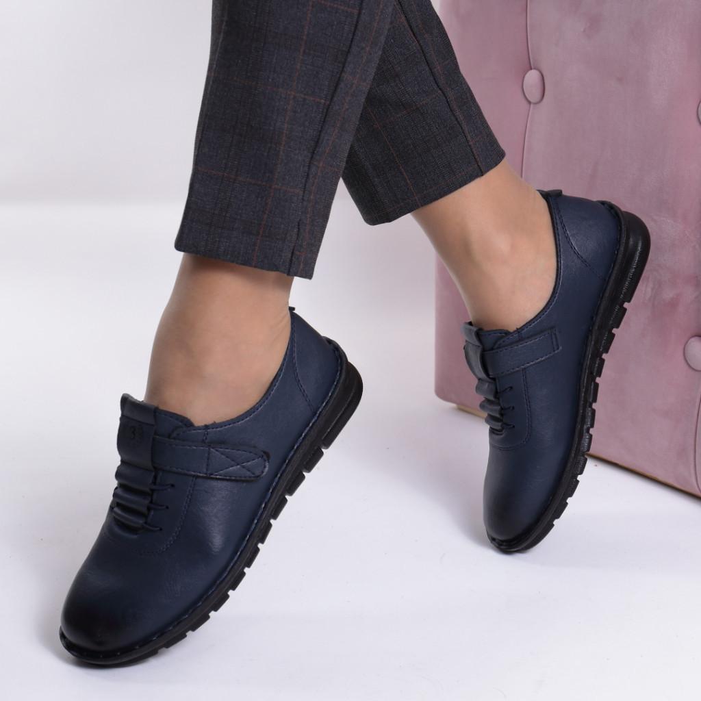 Pantofi bleumarin piele ecologica Diomia