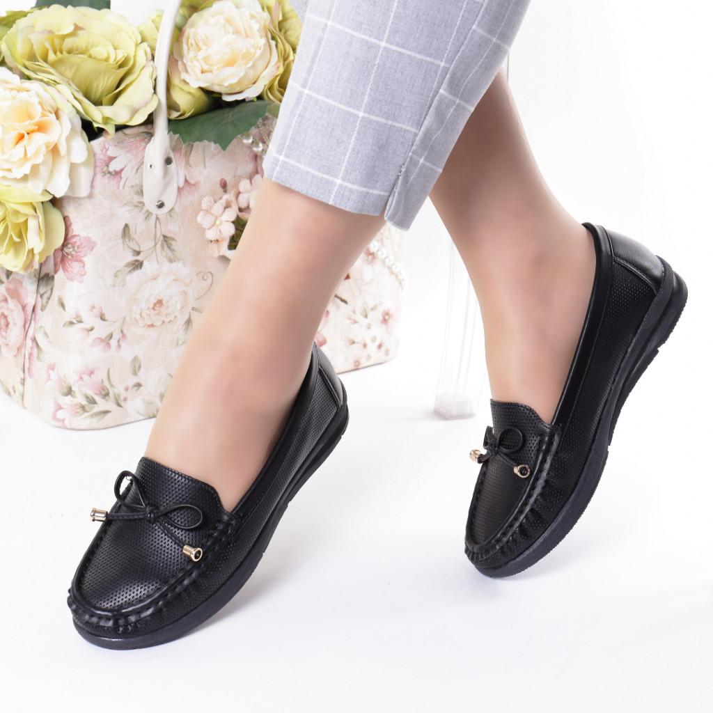 Pantofi negri piele ecologica Azra