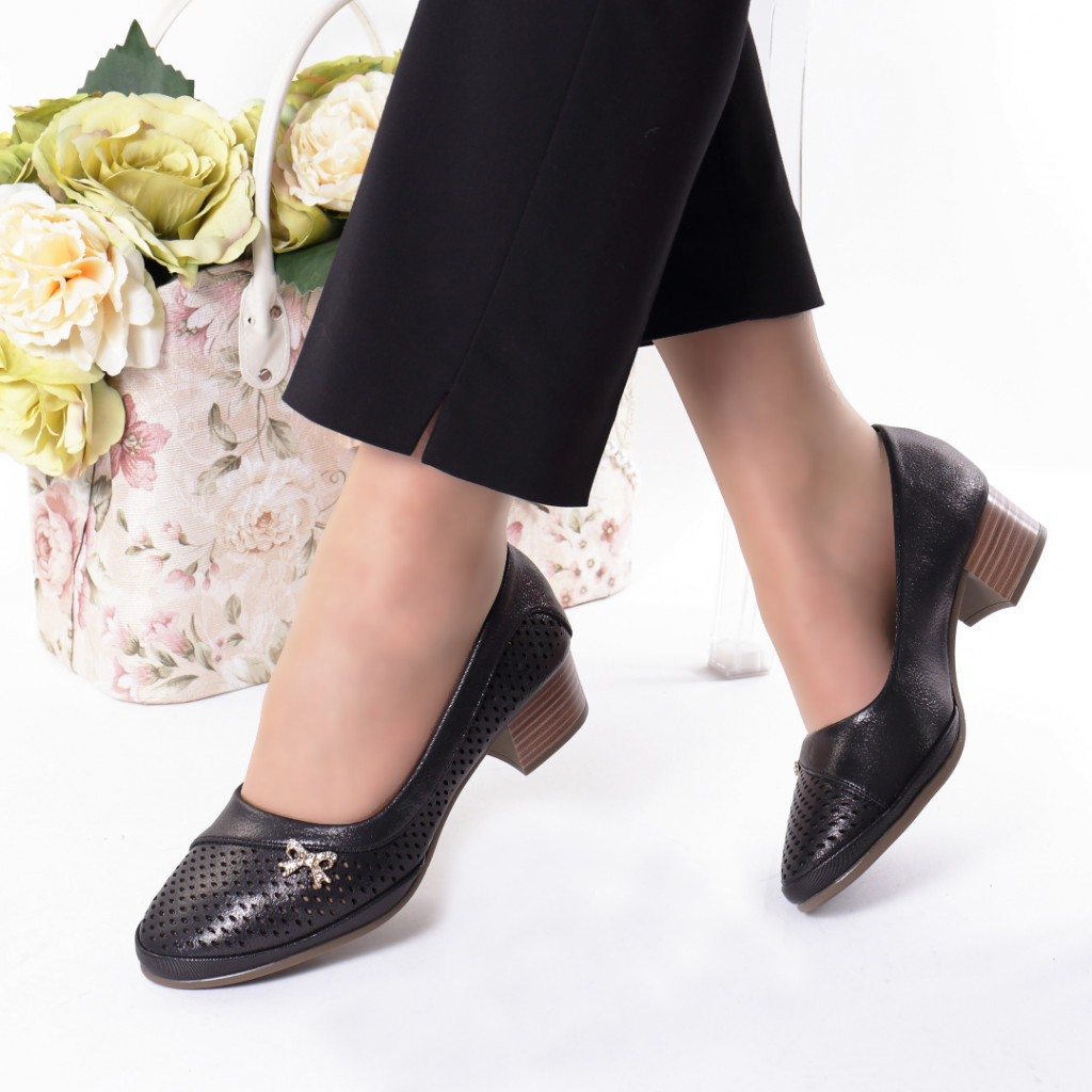 Pantofi negri piele ecologica Stiana