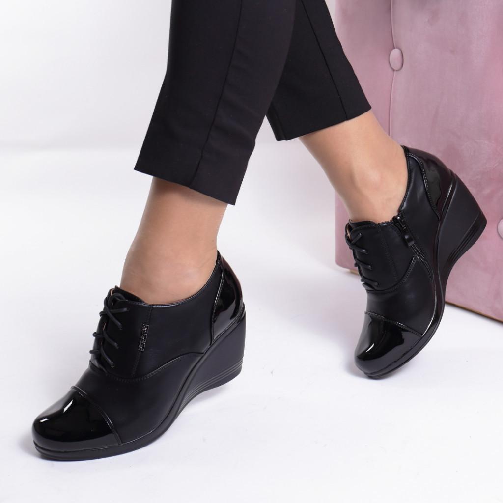 Pantofi piele ecologica Maia