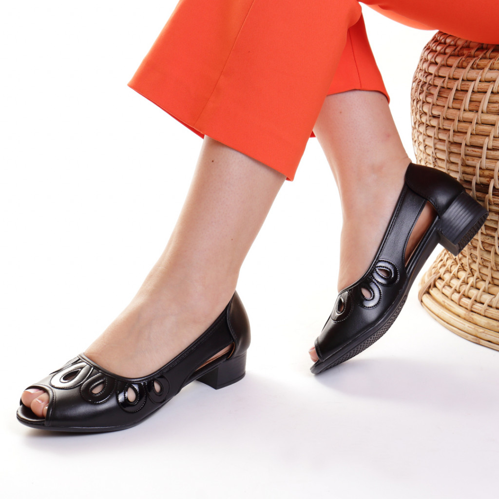 Pantofi piele ecologica negri Hecuba
