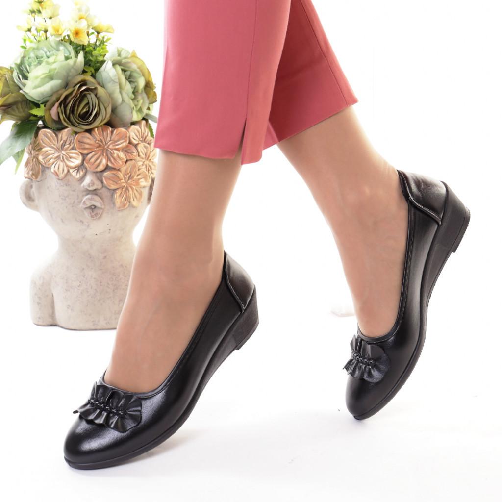 Pantofi piele ecologica Pedrina