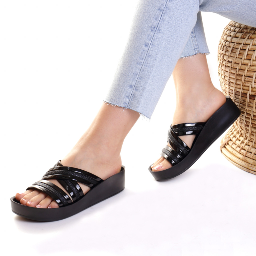 Papuci piele ecologica negri Casilda