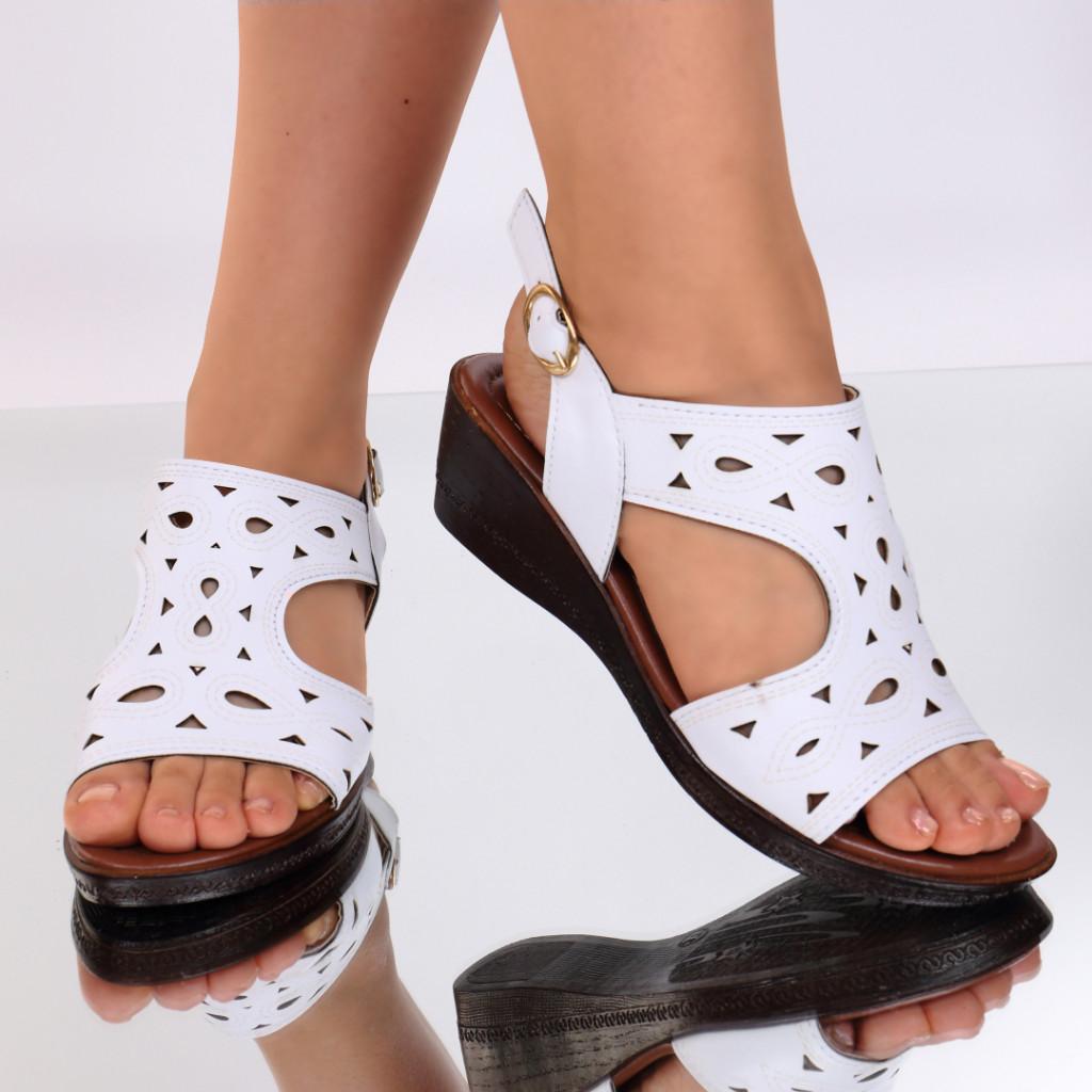 Sandale piele ecologica albe Labonita