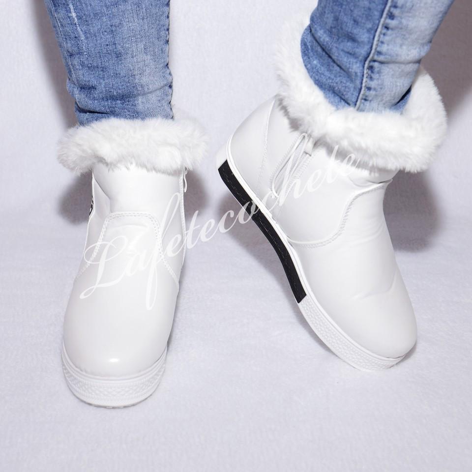 GHETE KITTY WHITE