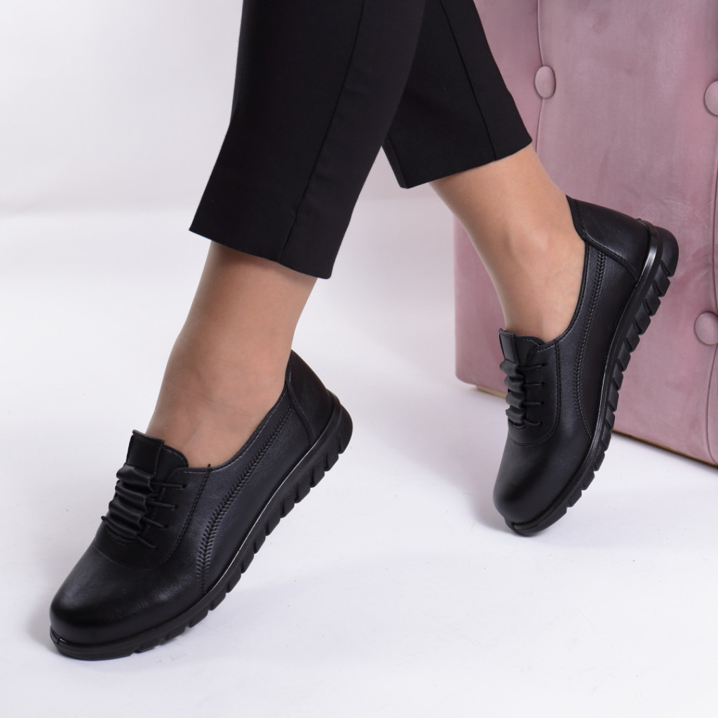 Pantofi piele ecologica Tomina