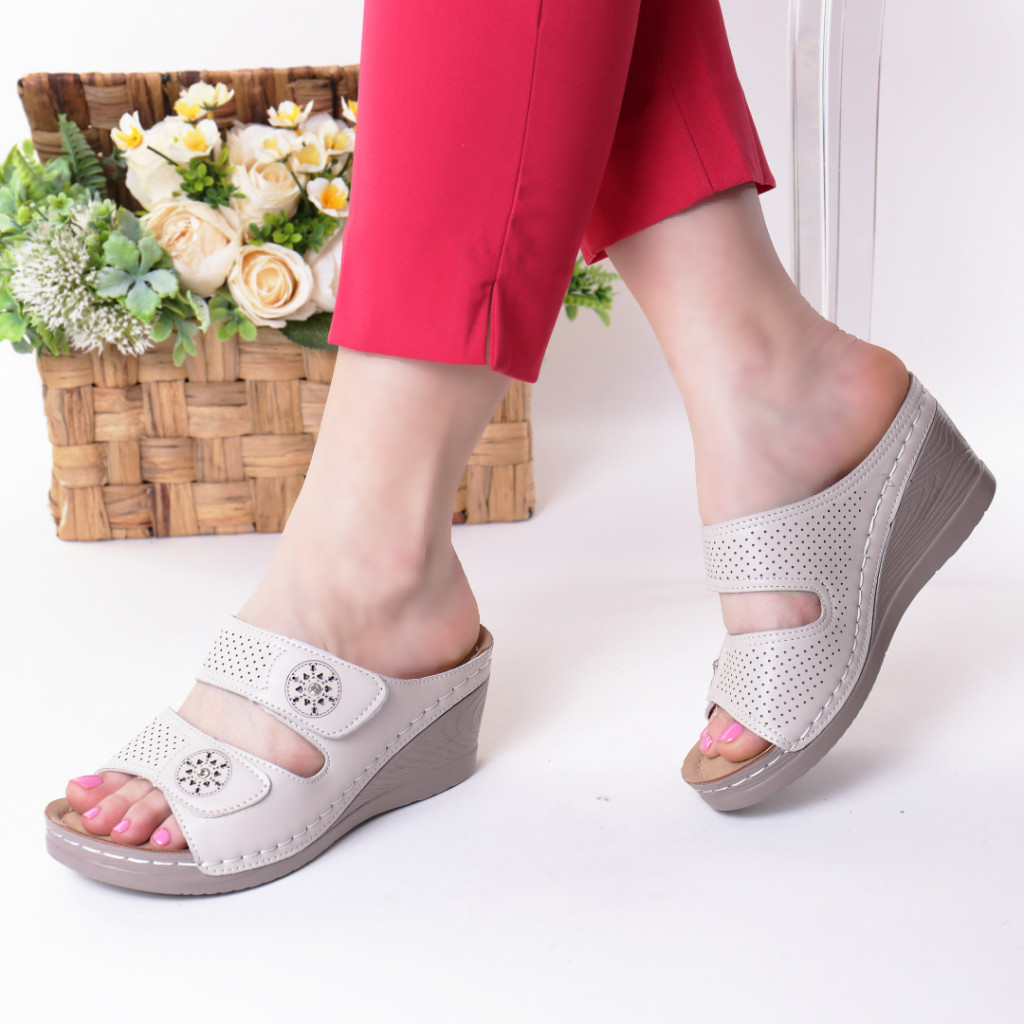 Papuci bej piele ecologica Levana
