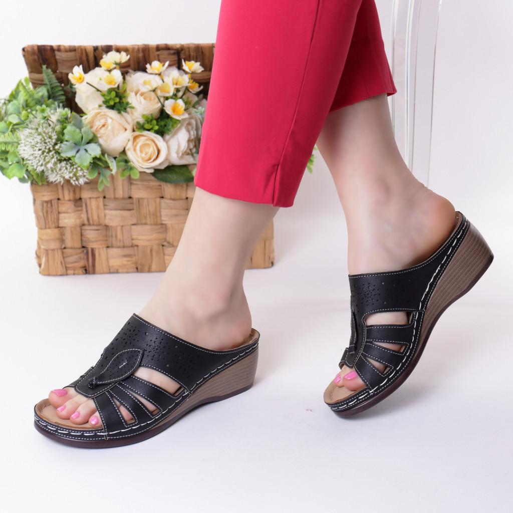 Papuci negri piele ecologica Lorita