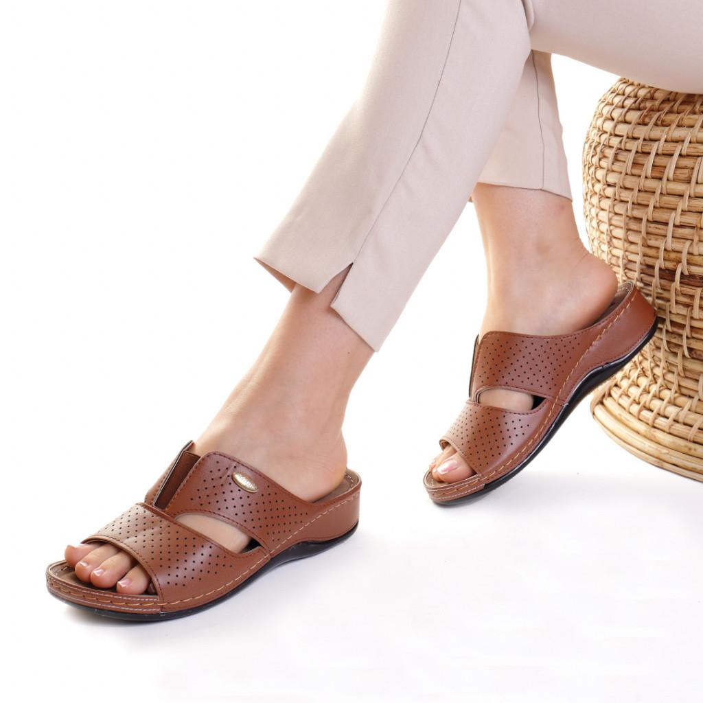 Papuci piele ecologica maro Esfira