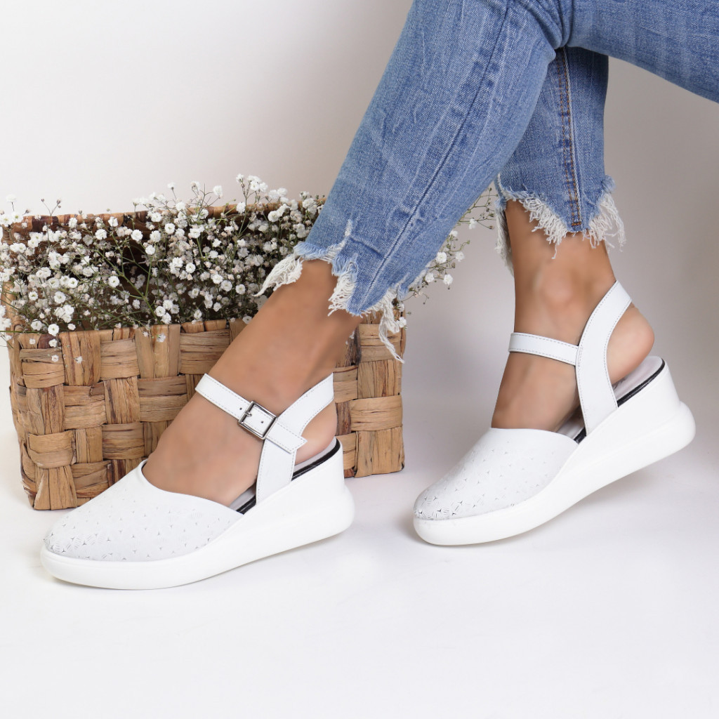 Sandale piele ecologica albe Aylin