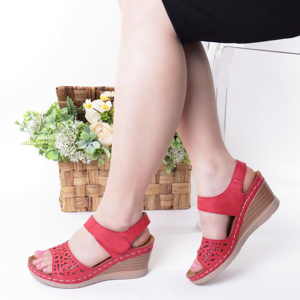 Sandale rosii piele ecologica Hara