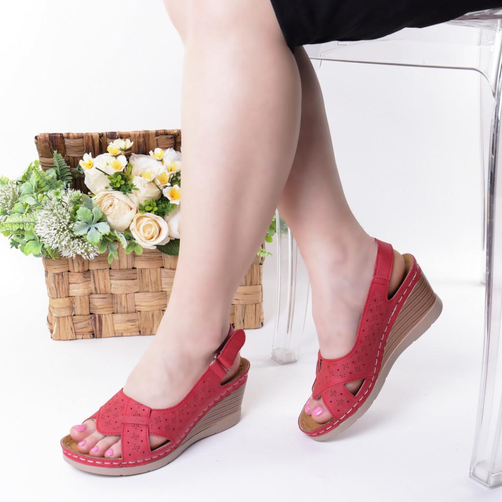 Sandale rosii piele ecologica Karima