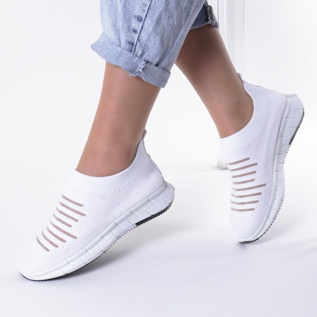Adidasi albi material textil Delma