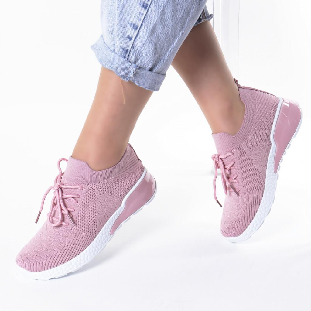Adidasi roz material textil Hessa