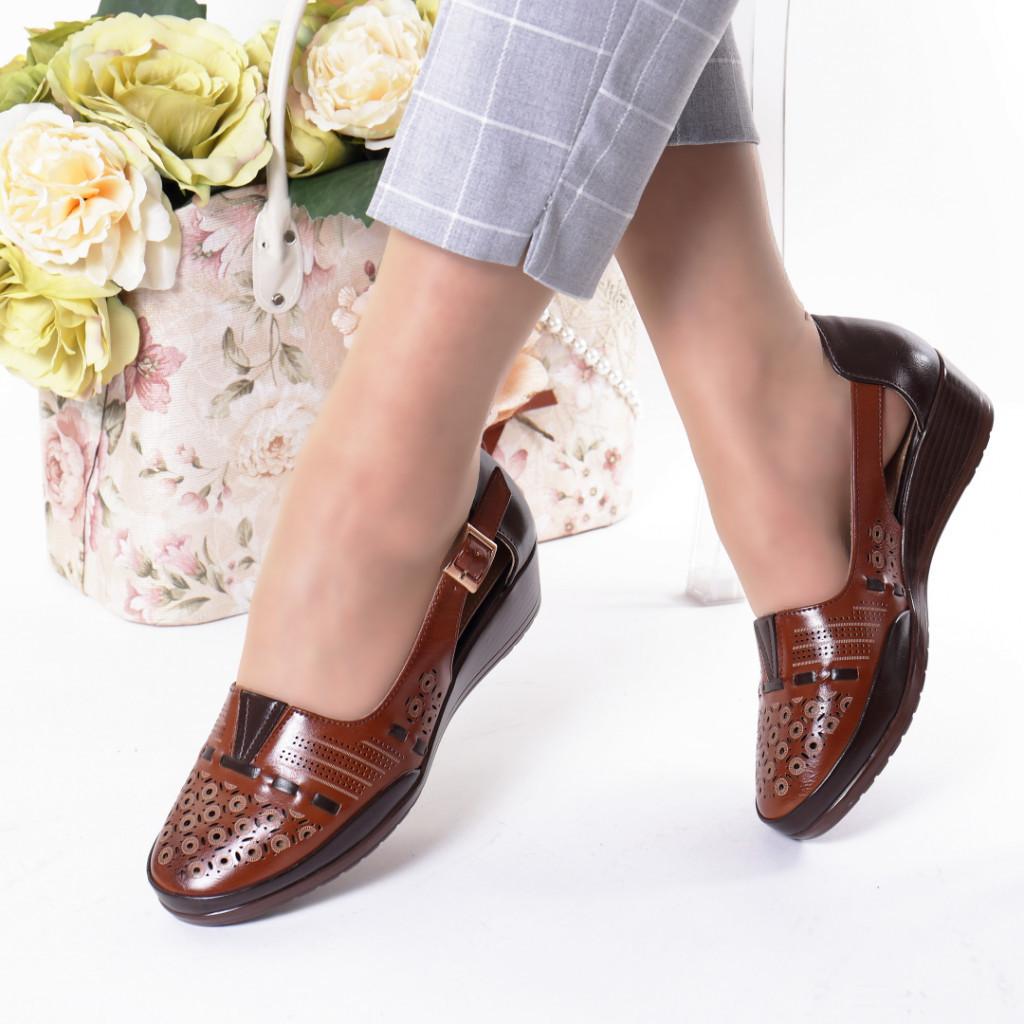 Pantofi maro piele ecologica Filiza
