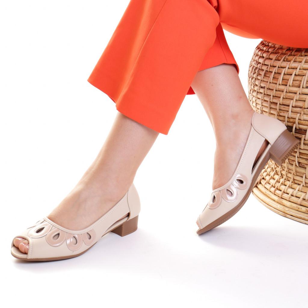 Pantofi piele ecologica crem Hecuba
