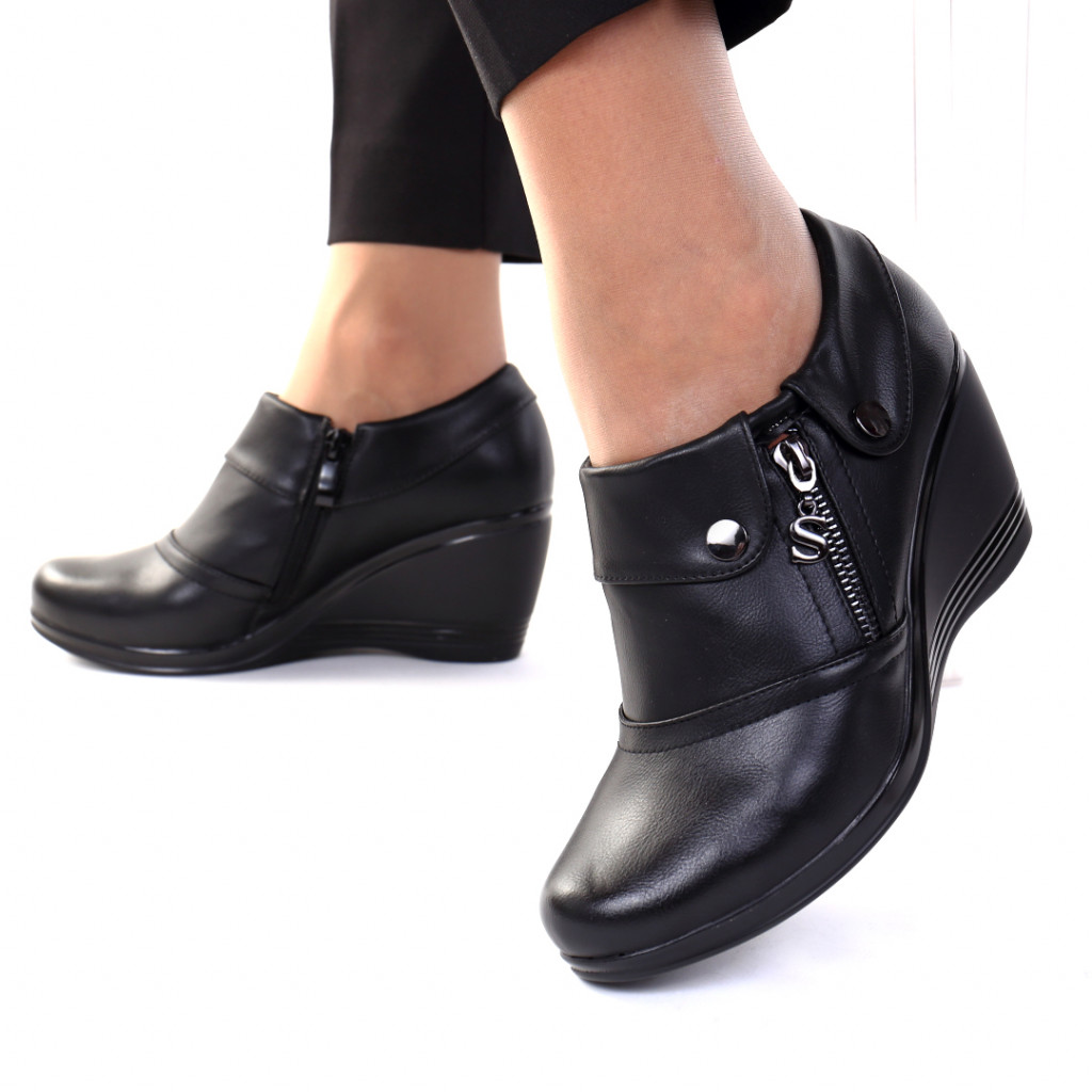 Pantofi piele ecologica Vendra