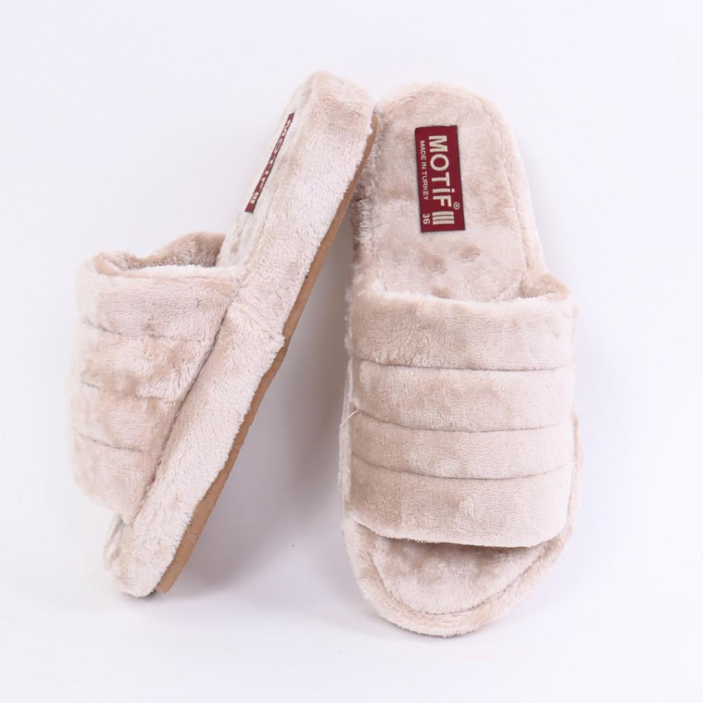 Papuci simpli pufosi bej Zila