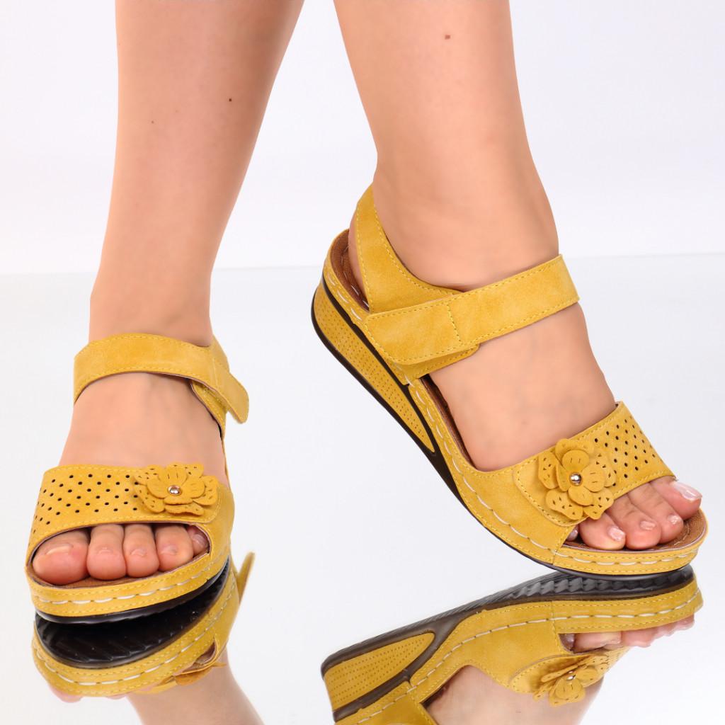 Sandale galbene piele ecologica Nuna