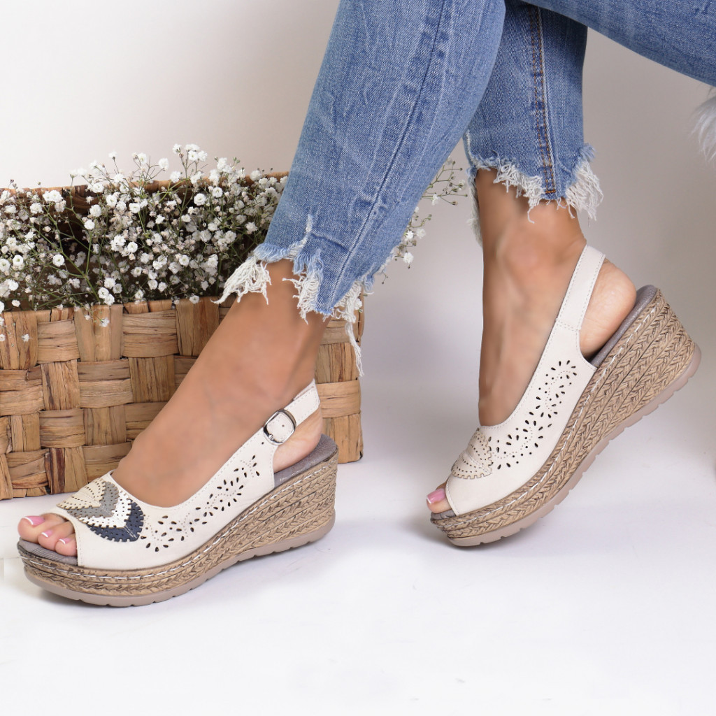 Sandale piele ecologica bej Cleopatra